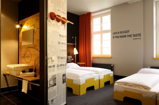 l 39 ostello riciclato di amburgo comune info. Black Bedroom Furniture Sets. Home Design Ideas