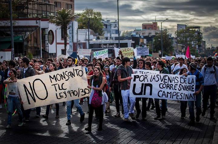 Colombia-la-grande-marcia-dei-contadini6