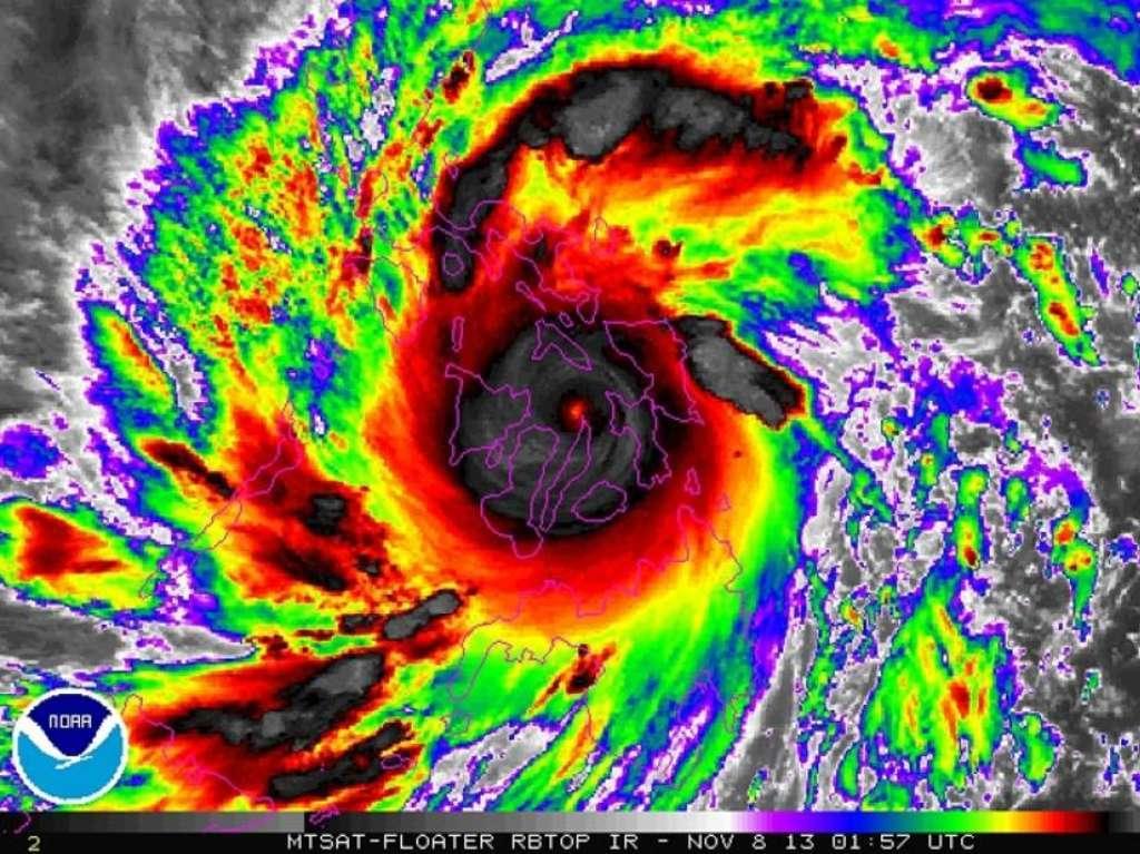 img1024-700_dettaglio2_Filippine-il-tifone-Haiyan-dal-satellite-Reuters