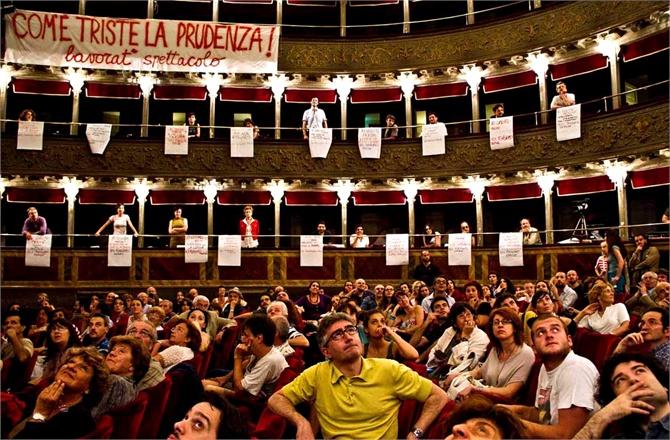 teatro-valle-foto-tiziana-tomasulo--1--149650_0x440