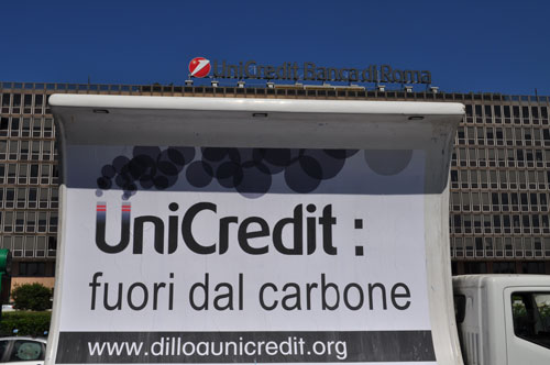 UnicreditfuoriCarbone