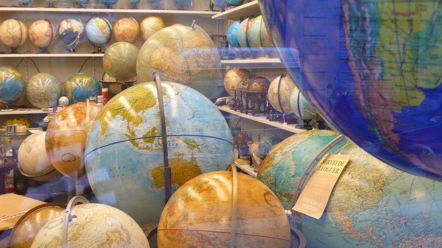 muchos_mundos_by_inne