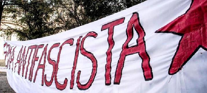 antifascismo_striscione
