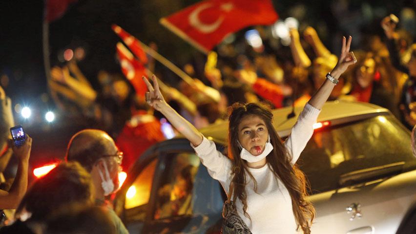hi-turkey-protest-852-rtx10