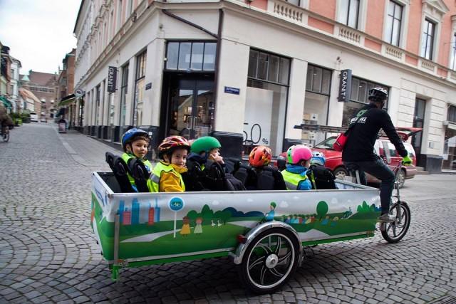 scuolabus-a-pedali-Cykelbussen-2-640x427