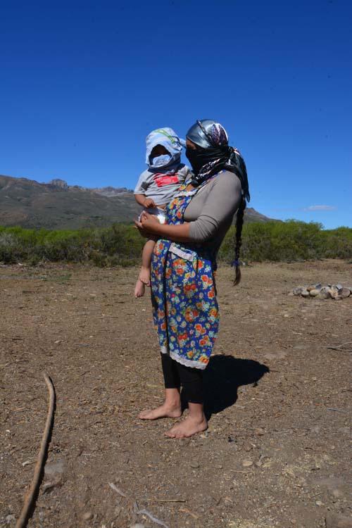 DSC_0116 Larese - Donna Mapuche con bimbo