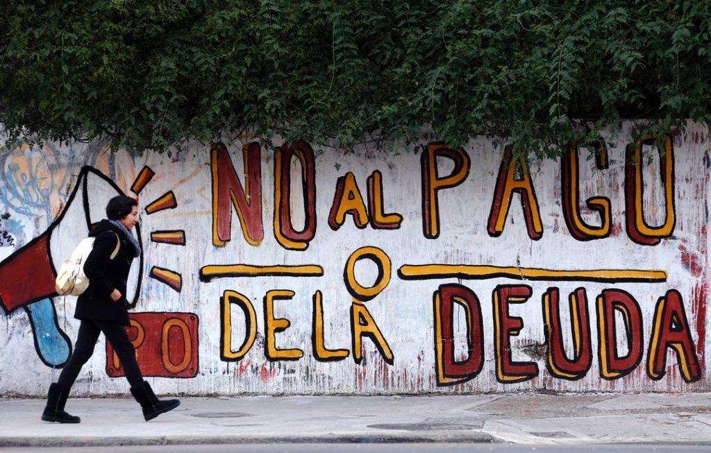 un-murales-a-buenos-aires-no-al-pagamento-del-debito