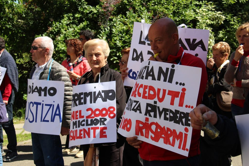 protesta-mediolanum9