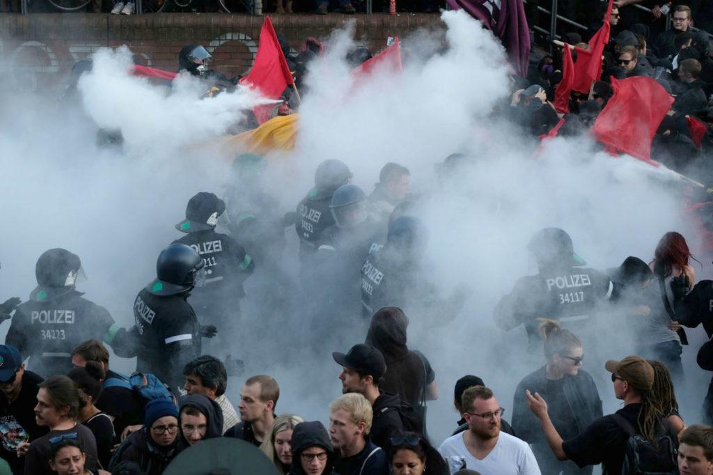 Scontri al G20 di Amburgo: annullato il corteo di protesta