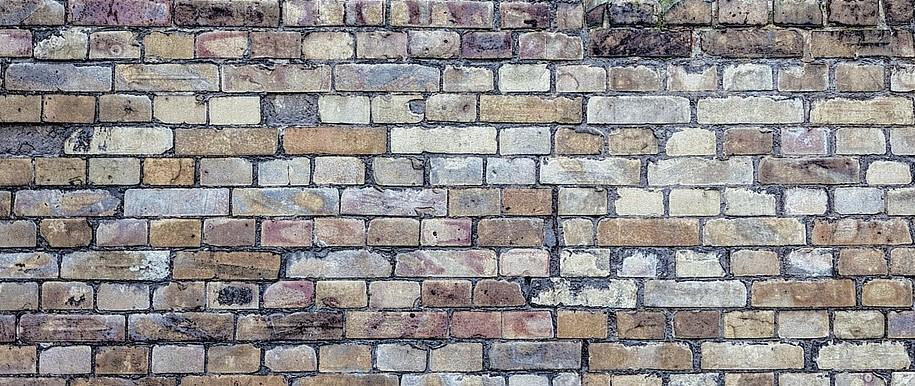 erezione di un muro en